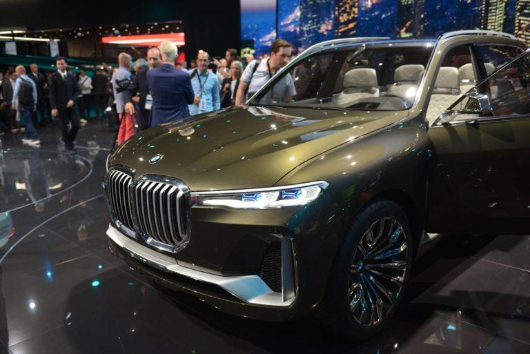 BMW-X7-iPerformance-1-768x513